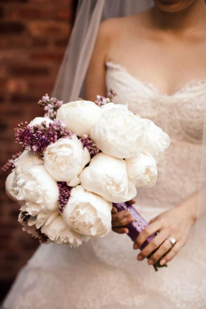 bouquet-de-pivoines-bouquet-de-mariage-romantique