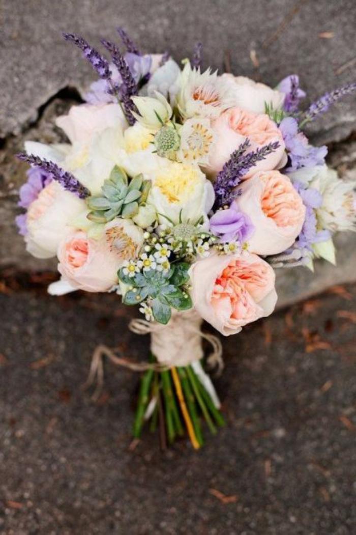 Le bouquet de pivoines en 48 photos magnifiques - Plants with blue flowers a splash of colors in the garden ...
