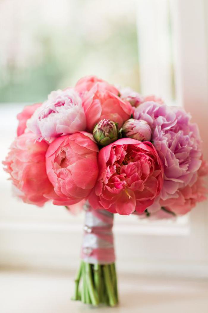 bouquet-de-pivoines-bouquet-romantique-et-doux