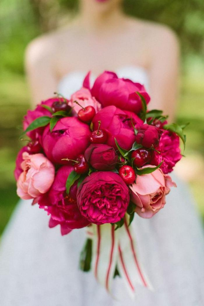 bouquet-de-pivoines-le-bouquet-pour-une-mariée-romantique