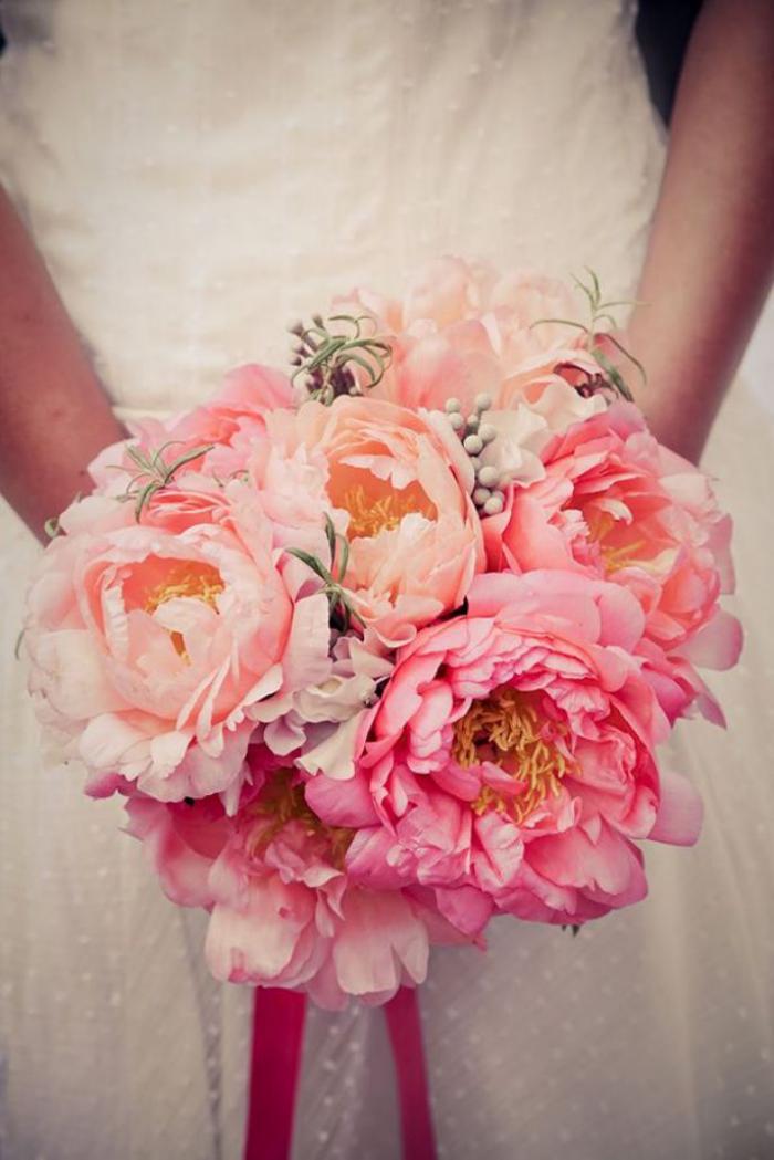 bouquet-de-pivoines-magnifique-bouquet-de-mariée