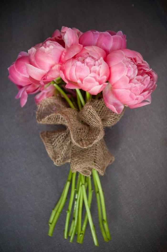 bouquet-de-pivoines-joli-bouquet-pivoine-rose