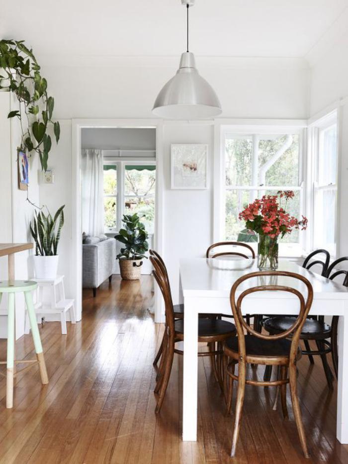 chaise-thonet-décors-blancs-originaux