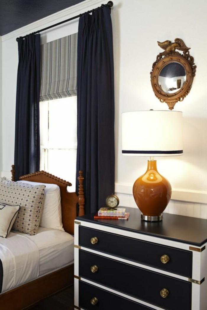 chambr-a-coucher-de-luxe-store-occultant-velux-noir-chambre-habillage-fenetre