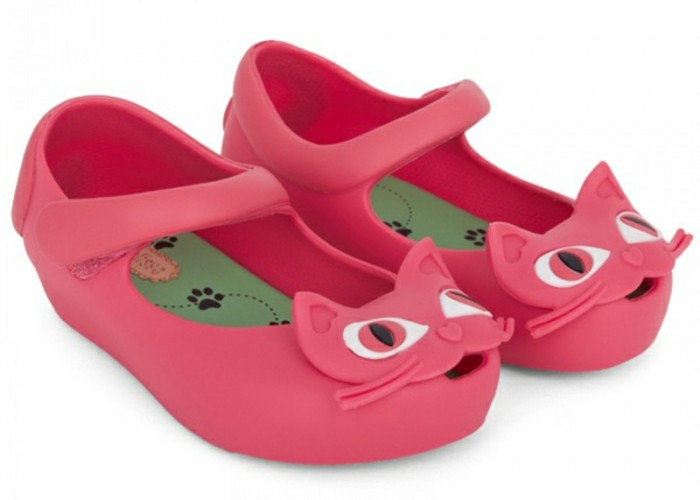 chaussures-melissa-aux-petits-chatons-resized