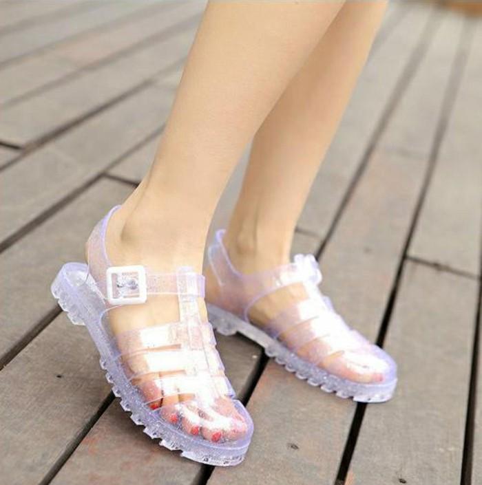 chaussures-melissa-colorees-et-transparentes-resized