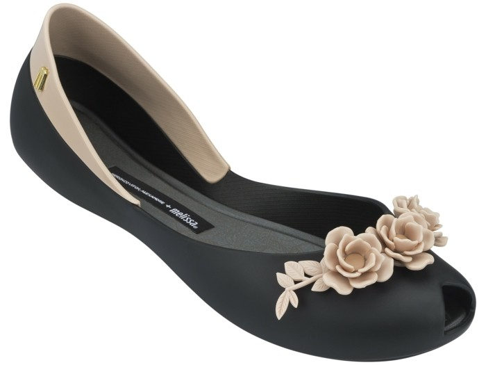 chaussures-melissa-fleurs-coquettes-resized