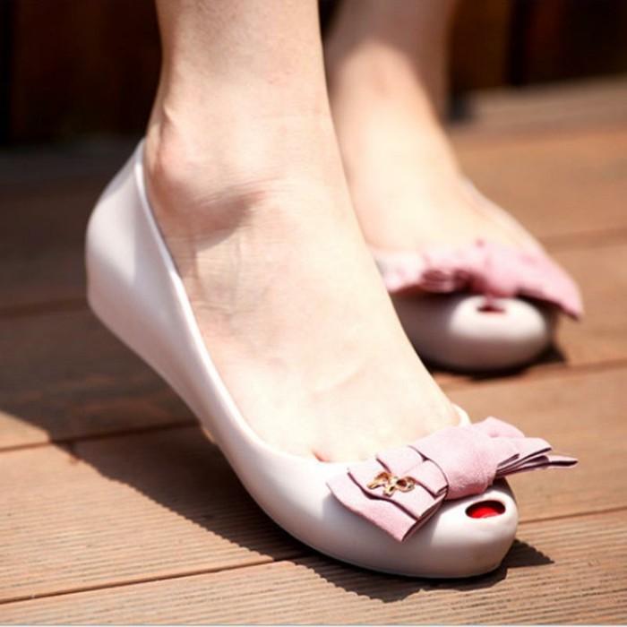 chaussures-melissa-ouverture-devant-chic-resized