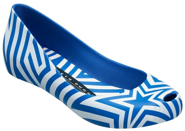 chaussures-melissa-rayures-en-bleu-et-blanc-resized