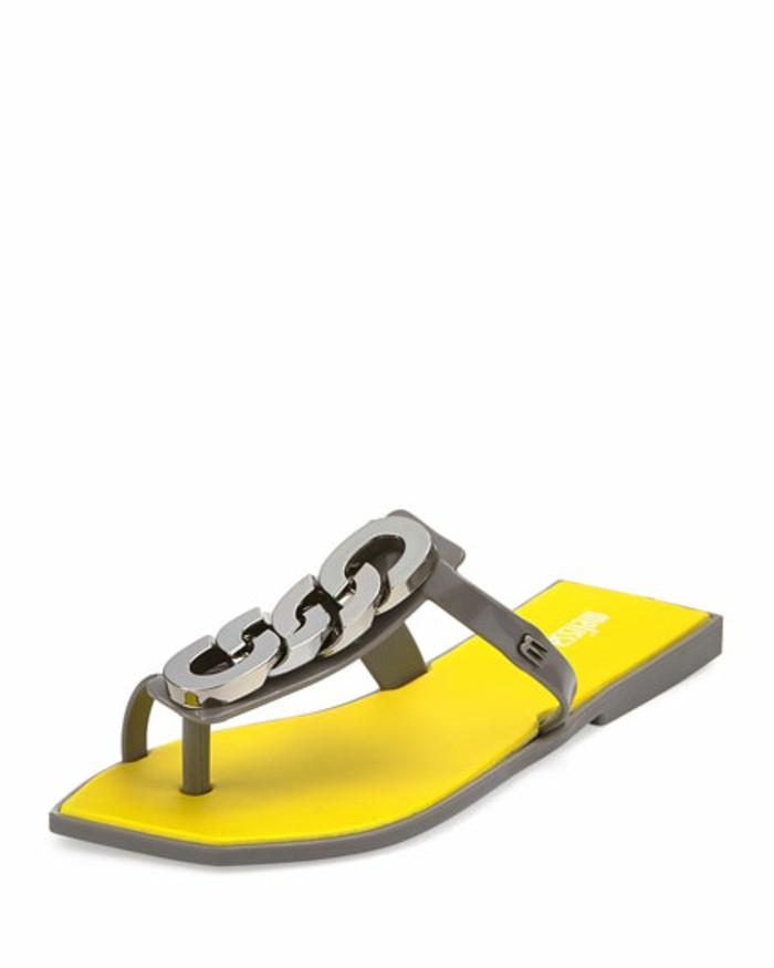 chaussures-melissa-sandales-aux-chaines-decoratives-devant-resized