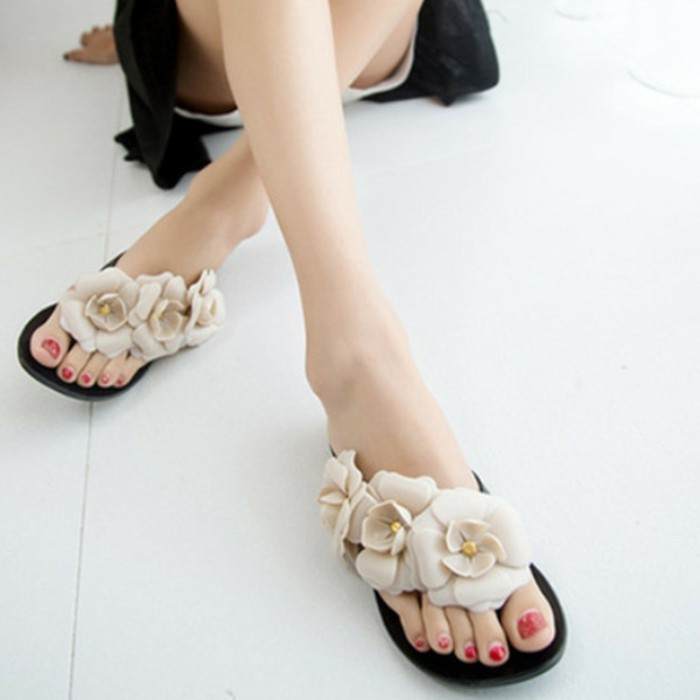 chaussures-melissa-volants-fleurs-resized
