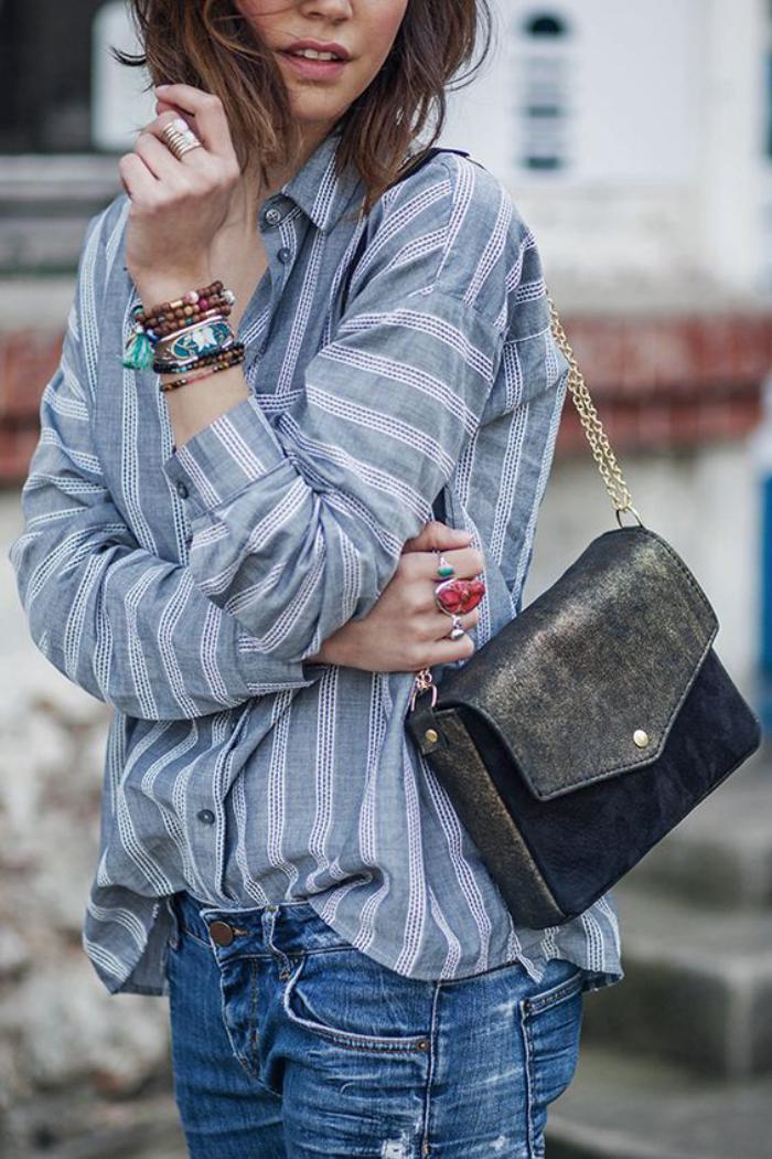 La chemise ray e femme fa ons de la porter - Comment porter une chemise en jean femme ...