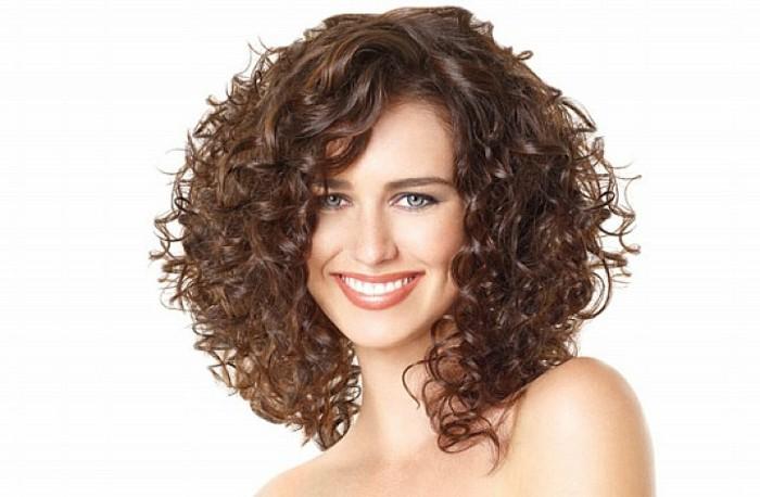 qu 39 est ce que signifie la coupe de cheveux boucl s