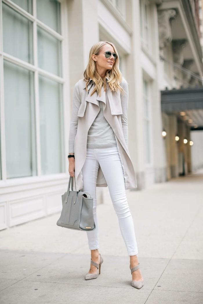 chic-idée-déchiré-jeans-femme-blanc-élégante-belle-femme