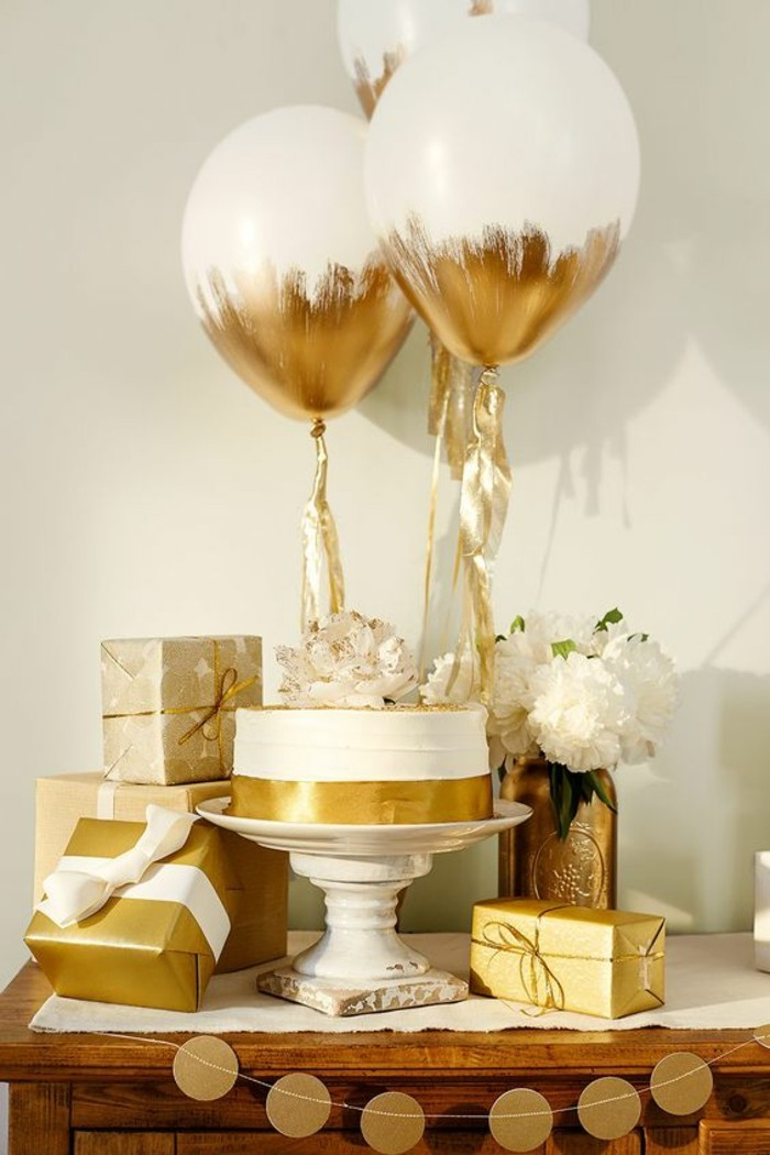 La d coration anniversaire adulte en 60 magnifiques photos - Decoration de table anniversaire pas cher ...