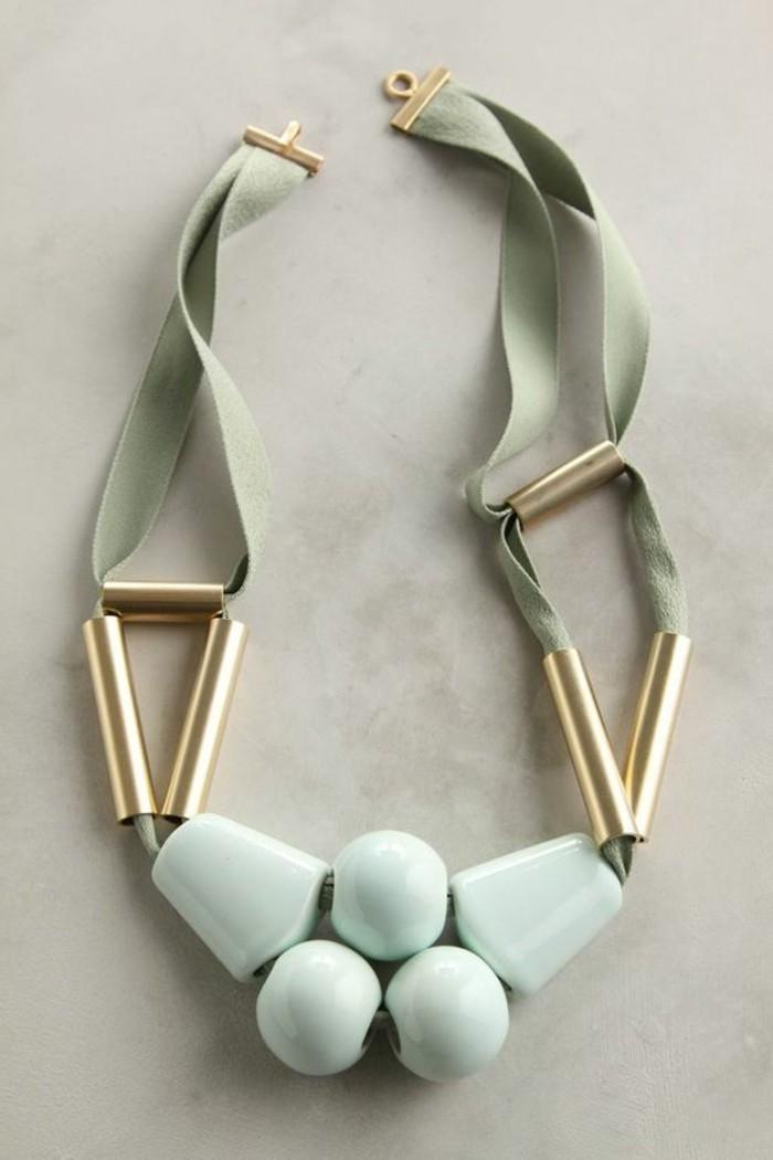 collier-gros-fantaisie-vert-pastel-collier-bijoux-gemo-original-vert
