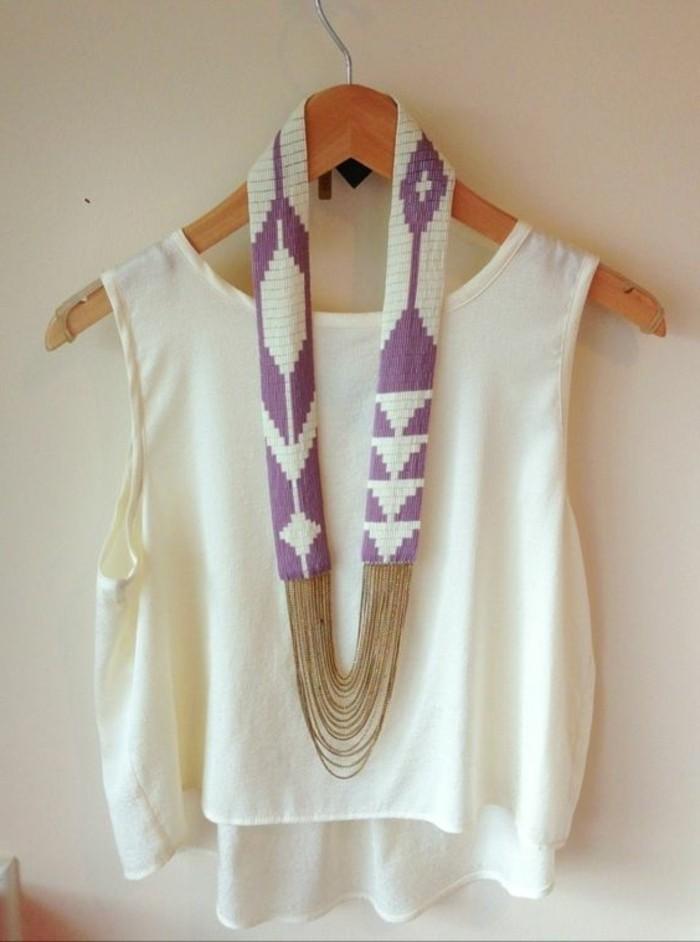 collier-gros-femme-coloré-top-blanc-bijoux-gemo-femme-blanc-et-violette