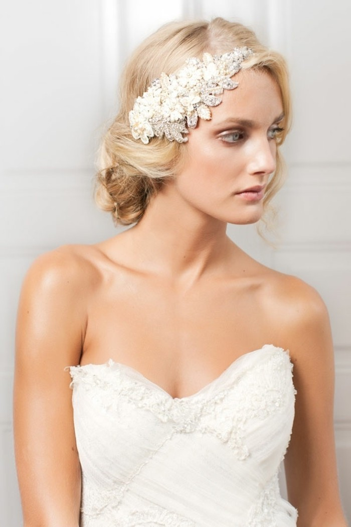 collier-pour-mariee-bijoux-de-tete-mariage-la-mode