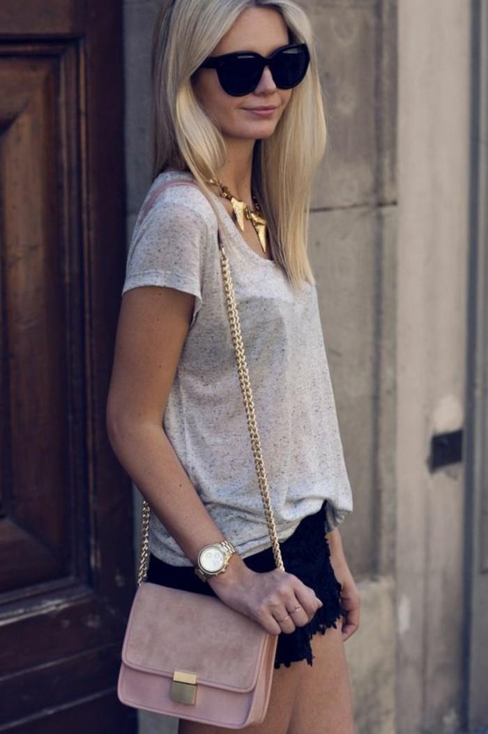 comment-porter-les-bijoux-gas-pas-cher-femme-t-shirt-beige-lunettes-de-soleil-noirs