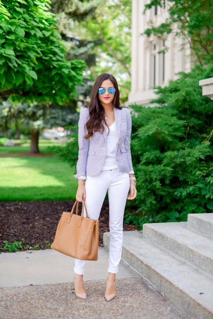 cute-outfits-with-white-jeans-rach-parcell-resized