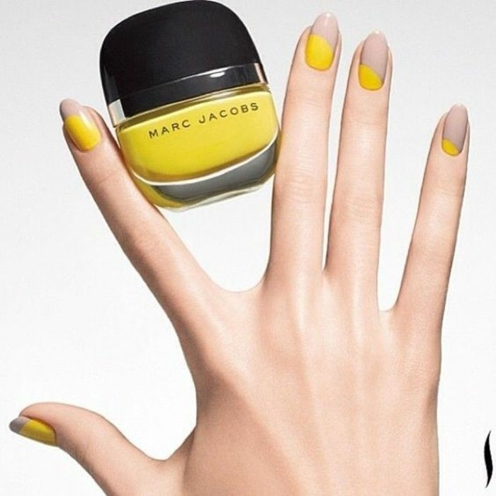 déco-ongles-femme-beige-et-jaune-ongle-en-gel-deco-jaune-beige-tendances-de-la-mode