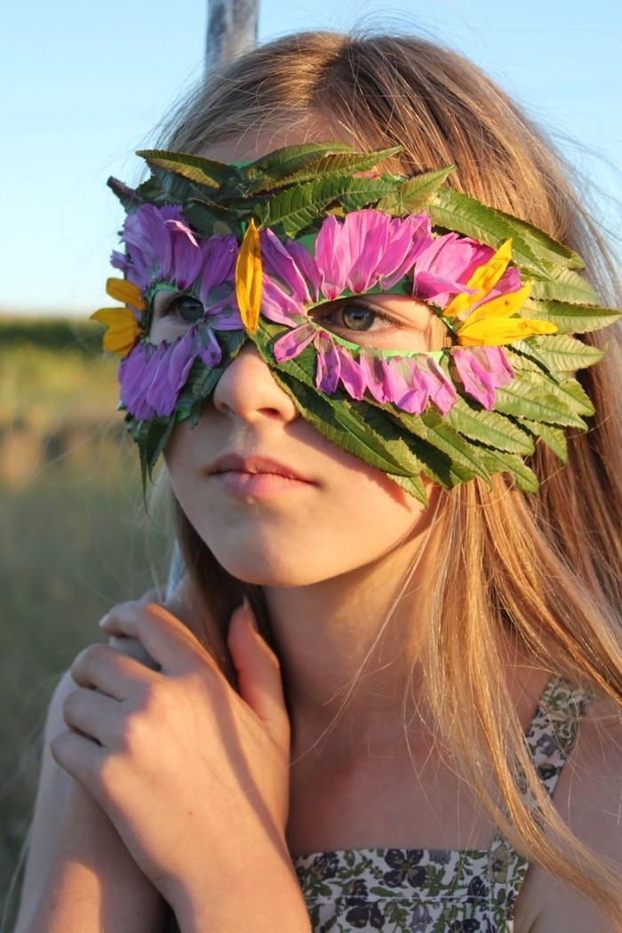 diy-feuille-arbre-sans-feuille-a-soi-meme-belle-fille-avec-masque