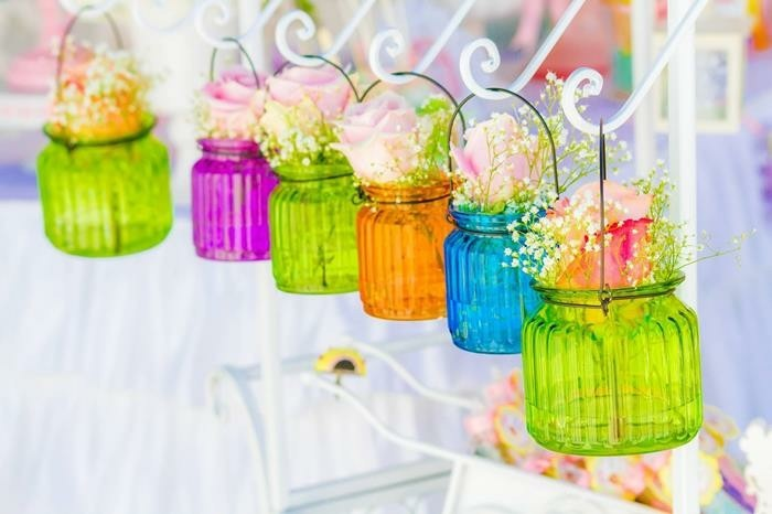 extérieur-decoration-de-table-pour-anniversaire-vases-colorés