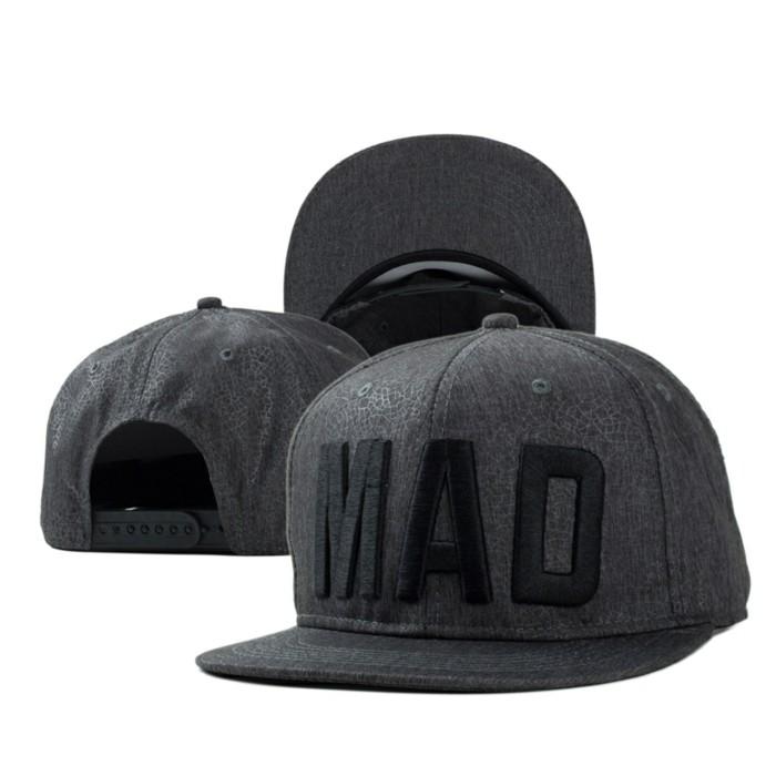 faire-creer-sa-casquette-personnalisé-tenue-mad-personnalisation-casquette