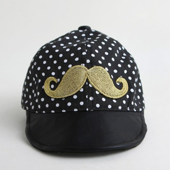 faire-creer-sa-casquette-personnalisé-tenue-mustashe