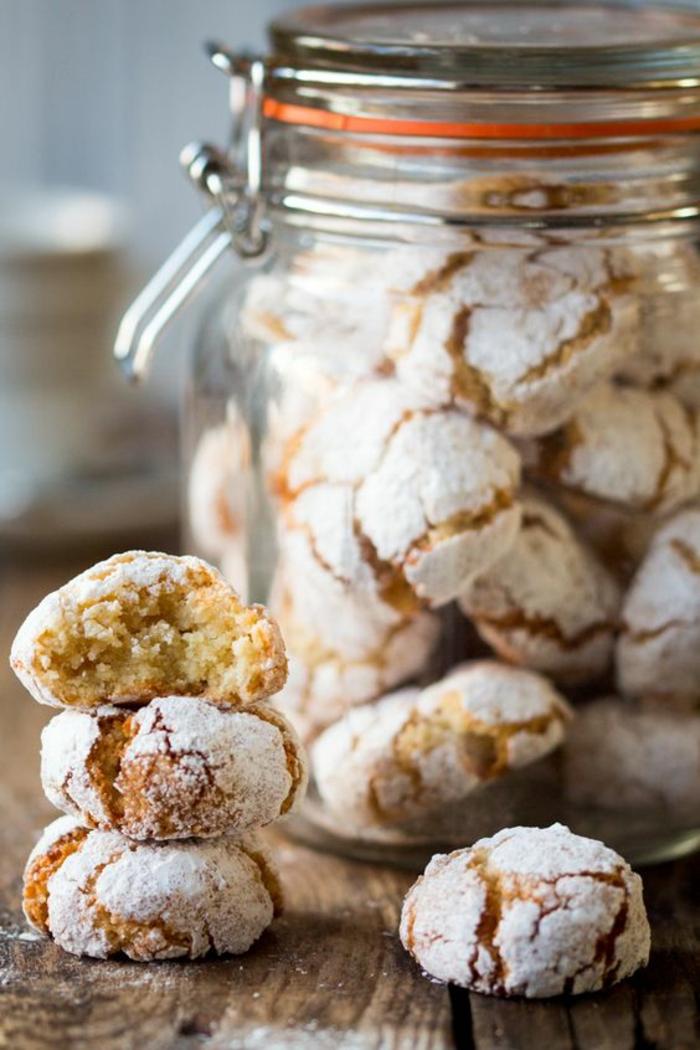 faire-des-biscuits-de-noel-biscuit-sablé-jar-recette-sablés-gateaux-de-noel