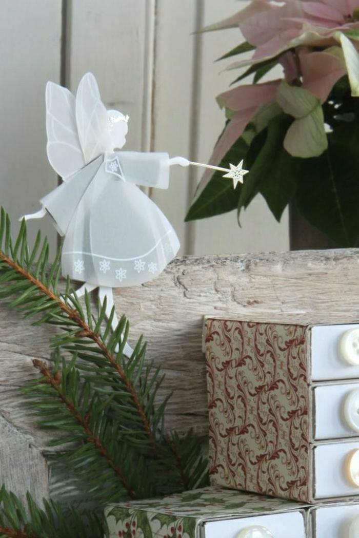 Comment faire un origami 55 id es en photos et vid os - Comment faire des decoration de noel en papier ...