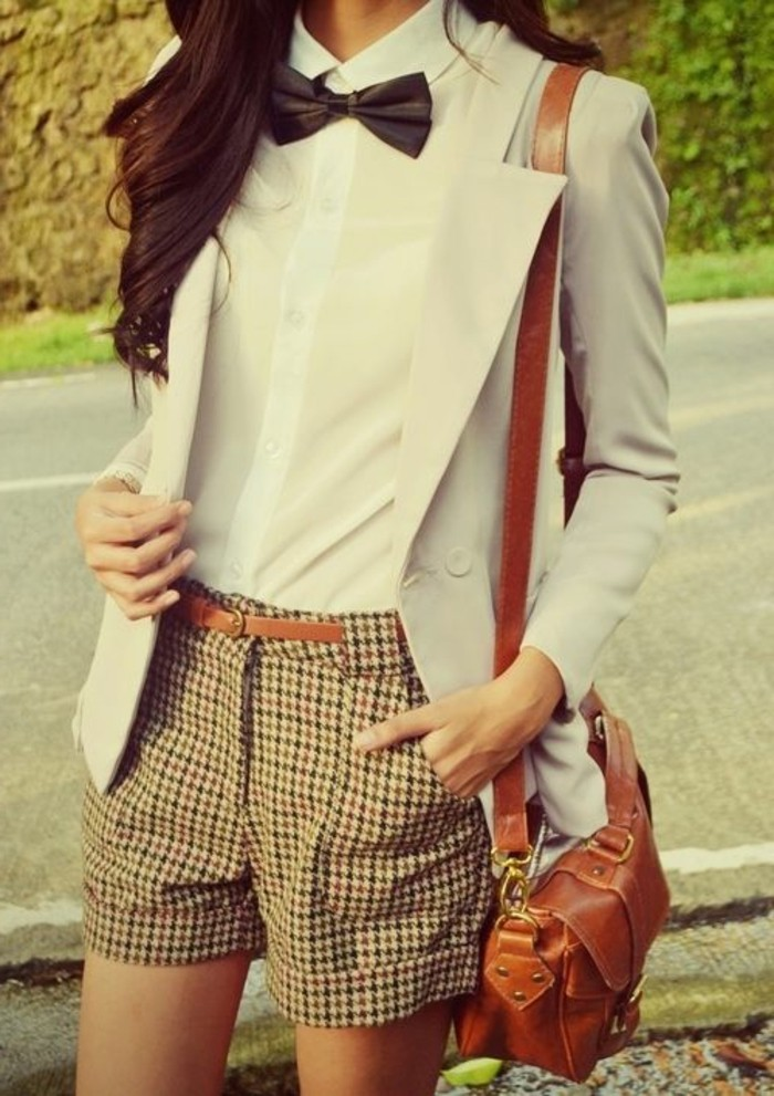 formidable-short-de-bain-femme-tenue-chique-chic