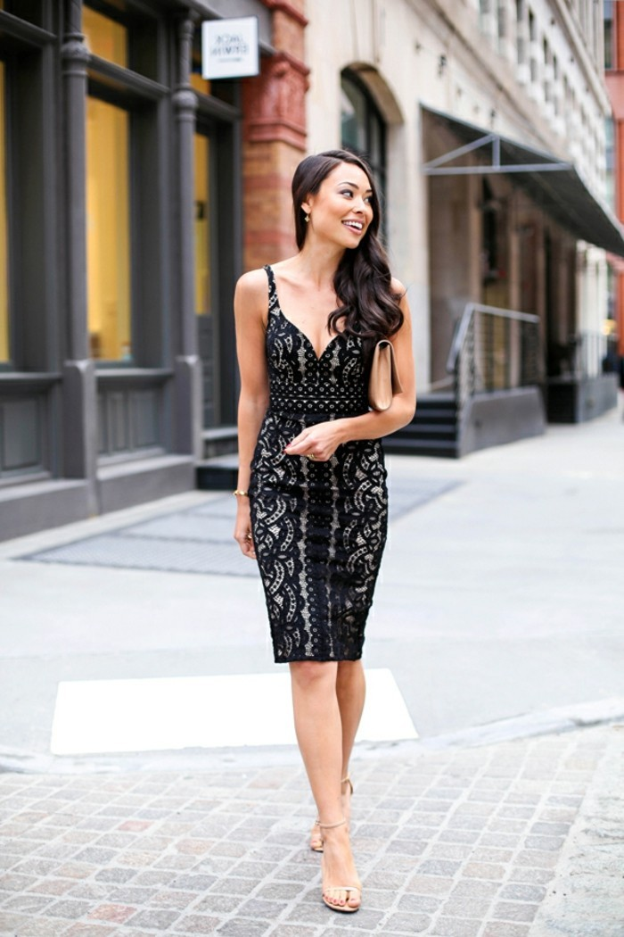 formidables-robes-en-dentelle-noire-belle