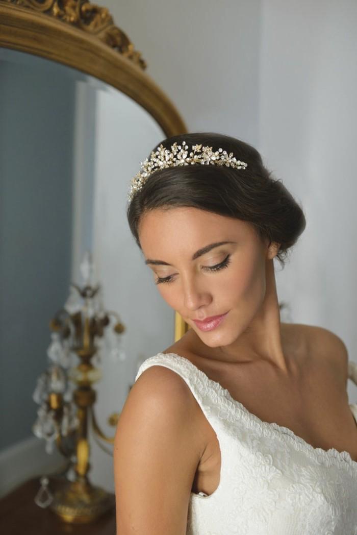 idée-bijoux-de-tête-mariage-bijoux-mariage-perle-couronne
