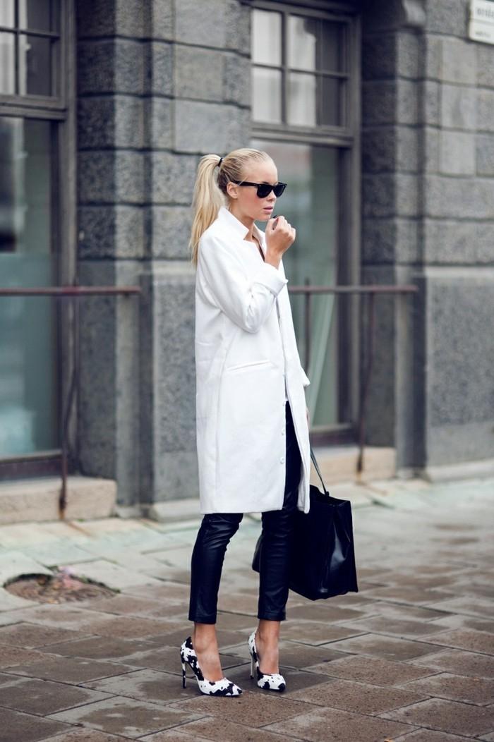 idée-tenue-avec-chaussures-blanche-femme-voir-noir-et-blanc