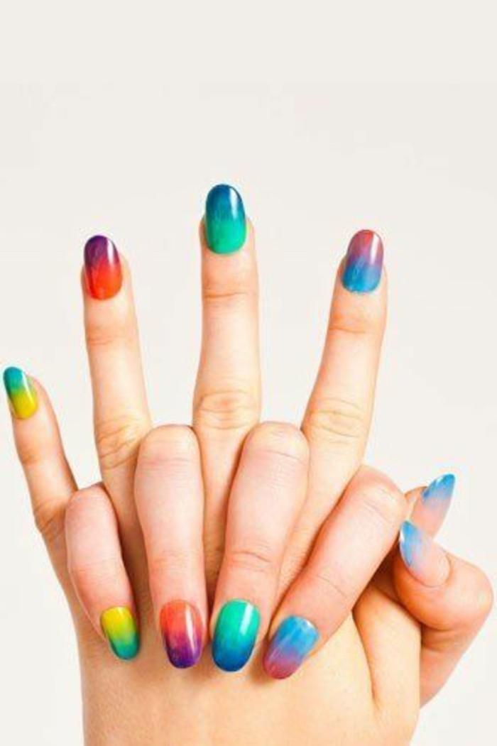 idee-deco-ongles-colorés-modele-d-ongle-en-gel-idee-deco-ongle
