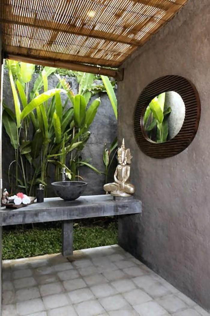 Comment cr er une salle de bain zen - Echelle en bambou pour salle de bain ...
