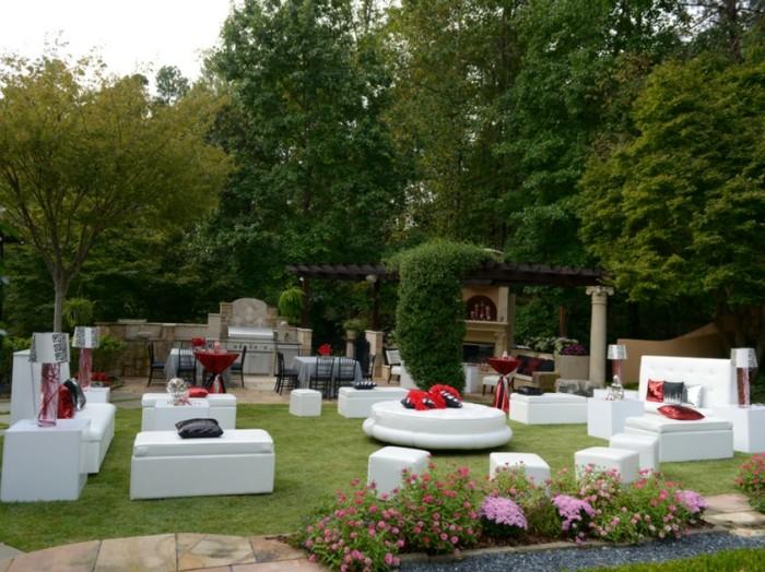joli-décoration-anniversaire-deco-fete-pas-cher-jardin