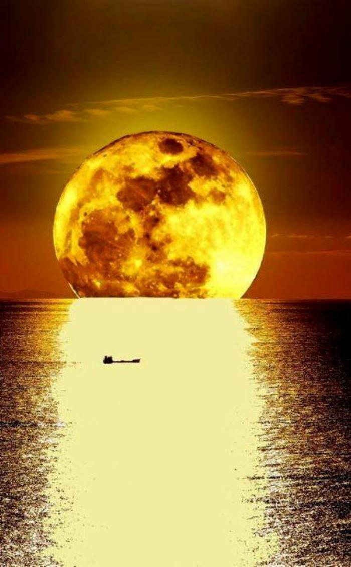 la-pleine-lune-photo-de-la-pleine-lune-magique