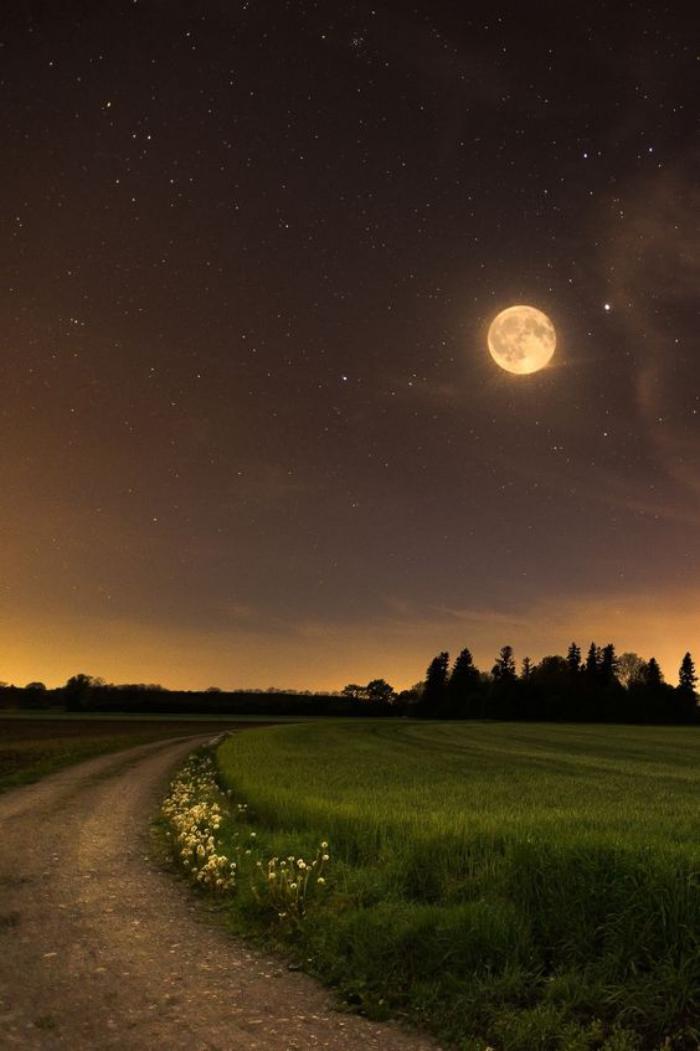 la-pleine-lune-photos-de-nature-fantastiques