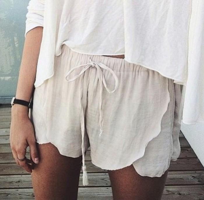 la-short-habillé-femme-ootd-idée-tenue-cool-blanc