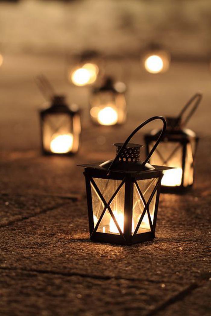 lanterne-bougie-à-porter-illuminer-son-extérieur