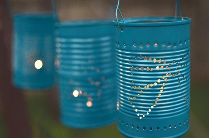 boîte-de-conserve-lanternes-suspendues-en-boites-de-conserve