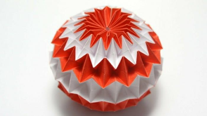 les-meilleurs-origamis-figures-en-papier-coloré-fleur-origami-figure-pliage-en-papier