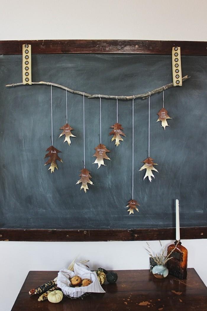 magnifique-idée-diy-avec-feuilles-d-arbres-automne-ardoisier