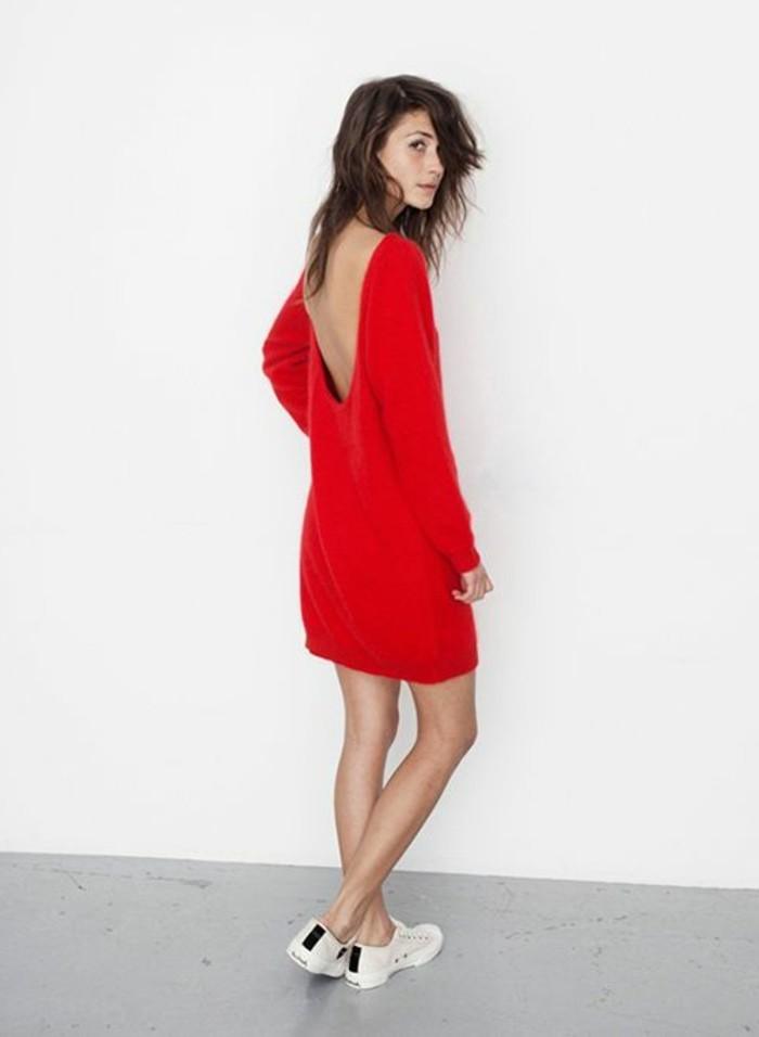 magnifiques-chaussures-femme-blanche-robe-rouge