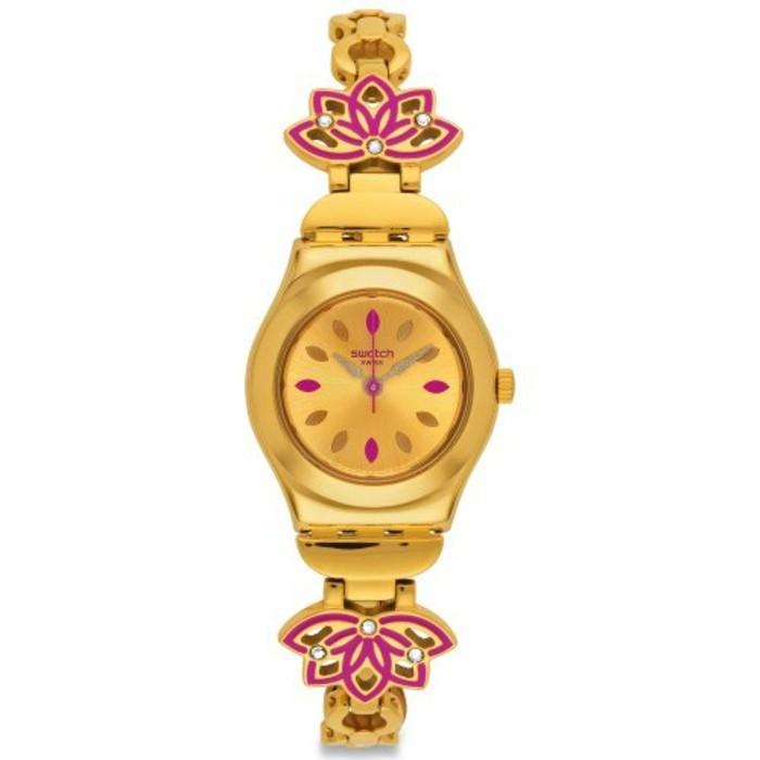 montre-swatch-bien-ornee-effet-dore-resized