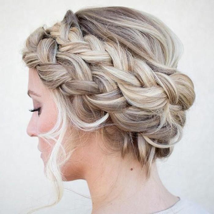 notre-coiffures-de-soirée-idée-belle-et-chique-tresse-coiffure-femme-soirée-cheveux-long-resized