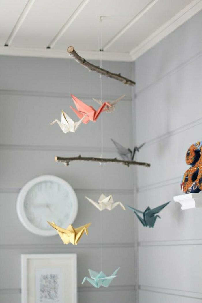 pliage-animaux-en-papier-modele-origamie-facile-en-papier-coloré-comment-decorer