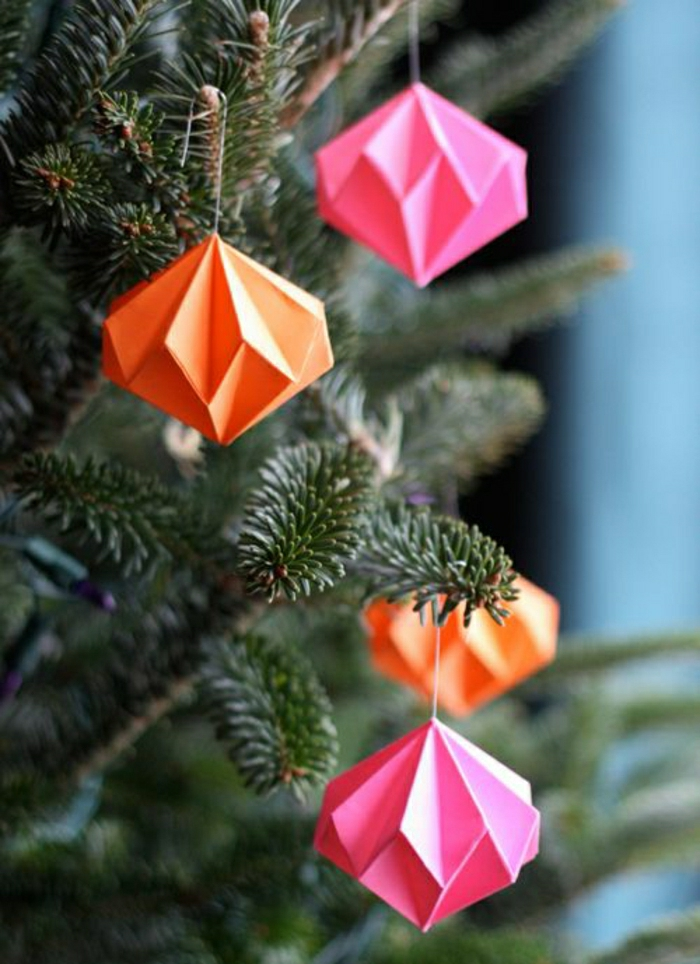 Comment faire un origami 55 id es en photos et vid os - Decoration noel origami ...